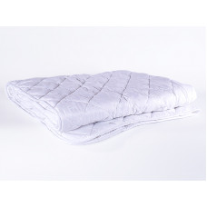 """Одеяло всесезонное """"Бархатный бамбук"""" с бамбуком в чехле из микрофибры 140х205"""